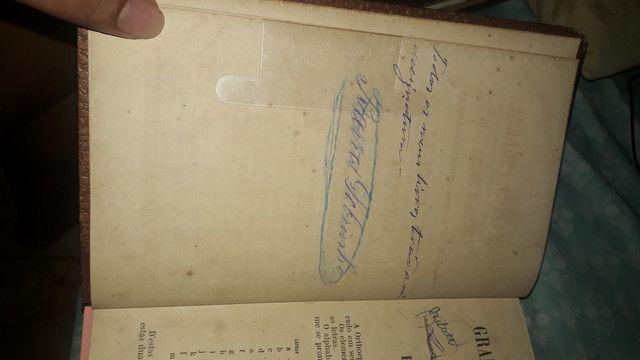 Raro livro assinado por abolicionista