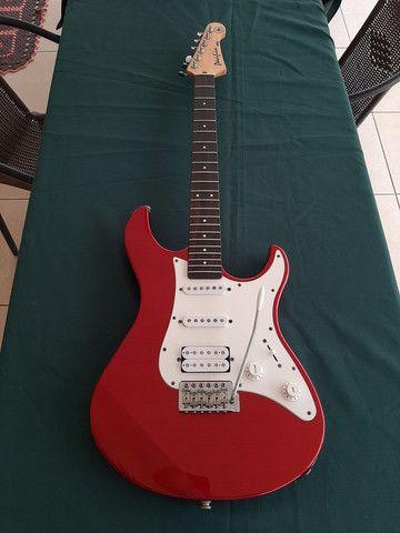 Guitarra Stratocaster Yamaha Pacífica 012  - Foto 2