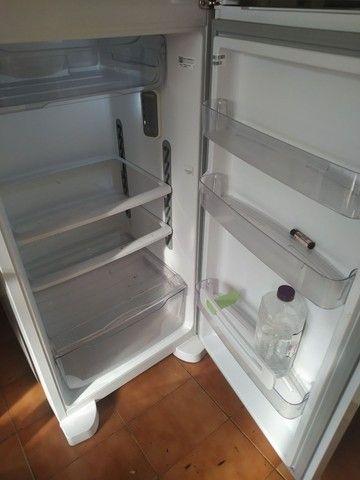 Geladeira e fogão R$2.500 OS DOIS - Foto 3