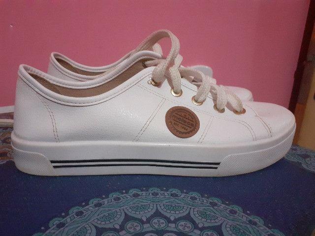 Calçado moleca cor branco - Foto 2