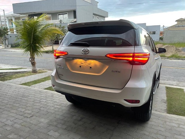 Toyota SW4 SRX 0KM 7 Lugares 2021 Pago Diesel - Foto 6