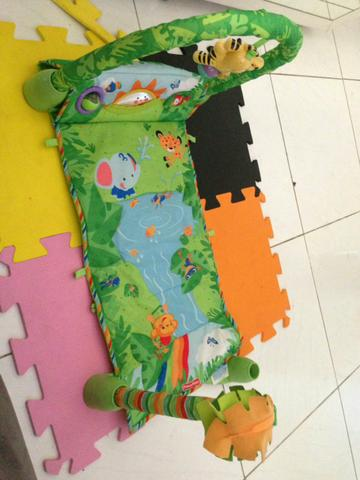 Tapete Fisher price floresta encantada