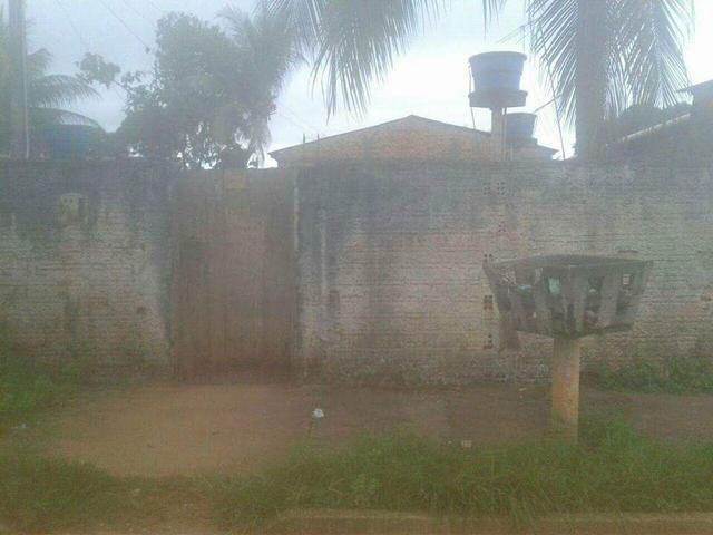 Vendo ou troco esta casa no bairro Jardim Santana