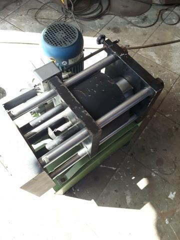 Maquina de prensar mangueira