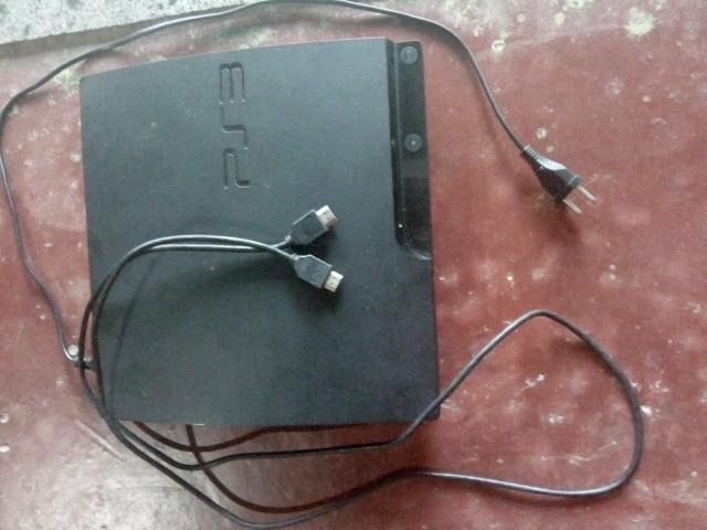 Vendo vídeo game PS3 novo