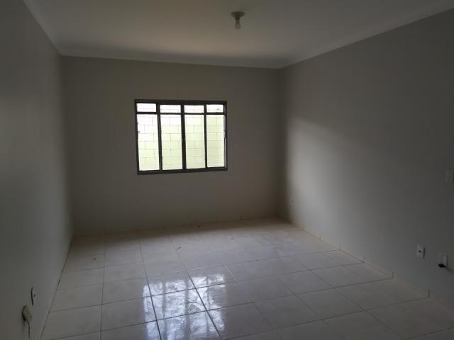 8272   casa para alugar com 2 quartos em jd tropical, dourados - Foto 6