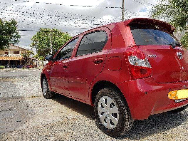 Toyota Etios 1.3 X hatch 2014 particular Novo - Foto 4