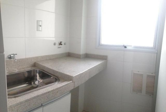Apartamento 2 dormitórios sendo 1 suíte, em ótima localização no centro!! - Foto 6