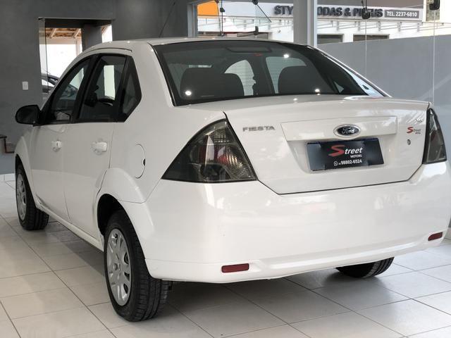 Fiesta 1.6 sedan 2013 Class Completo , excelente estado - Foto 5