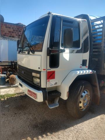 Cargo 1622 truck ano 2000 carroceria aberta - Foto 2