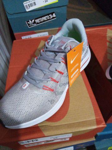 Tênis Nike Zoom- (36 e um 38). - Foto 5