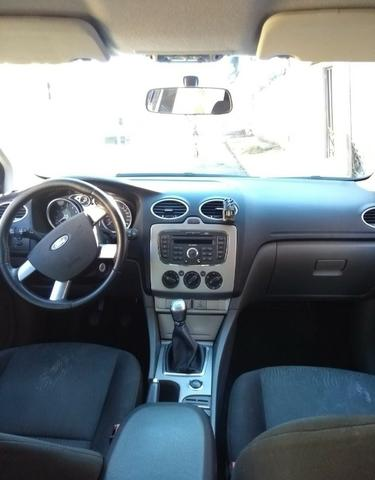 Ford Focus Hatch - Foto 5
