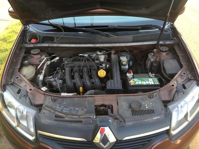 Renault Logan 2014 - com ar condicionado - Foto 9