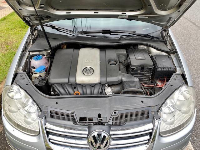 VW Jetta 2.5 automatico / Tiptronic 2008 + Teto solar - Particular - Foto 16