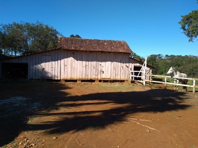 Chácara com 174.240m², casa, barracão, divisa com a Barragem do Rio Verde - Foto 8