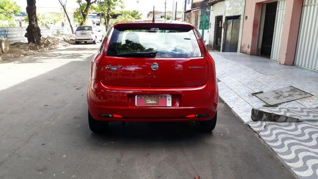 Fiat Punto Attractive 1.4 2012 com Kit Itália - Foto 6