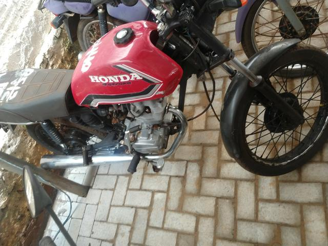 Honda Cg 125 burrao today ML S u c a t a de leilão, inteira e original - Foto 4