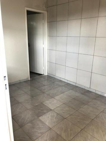 Vende ótima casa no bairro Cruzeiro do Sul - Foto 18