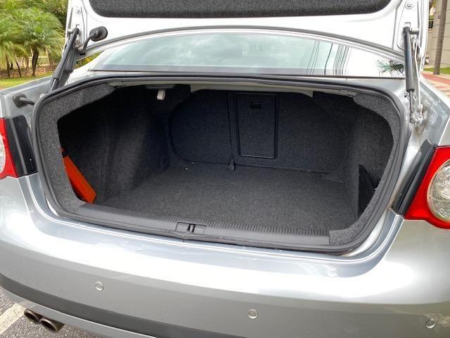 VW Jetta 2.5 automatico / Tiptronic 2008 + Teto solar - Particular - Foto 15