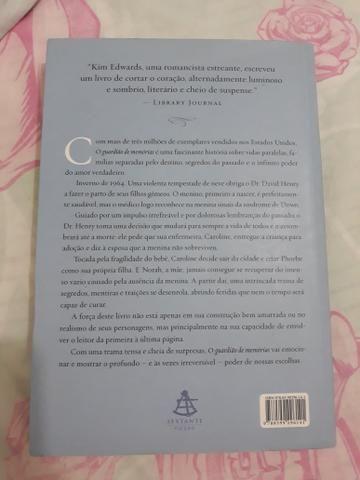 Livro - O guardião de memórias - Foto 2