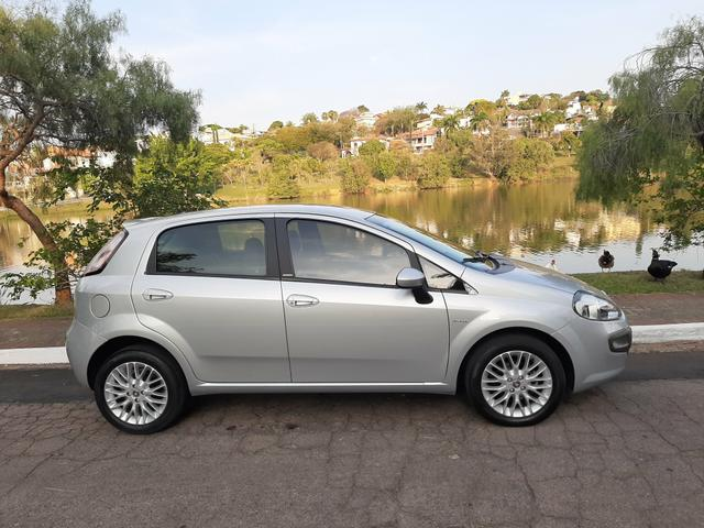 Fiat Punto Essence 1.6 Automatizado. 2013 - Foto 8