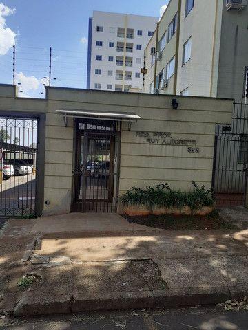 Edificio Ruy alegretti  c 3 quartos vende ou troca p valor maior.