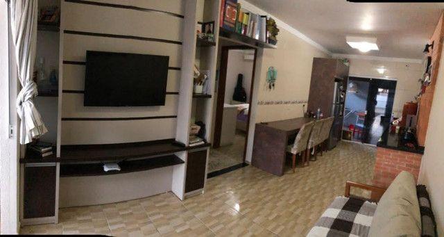 Casa Geminada com móveis Planejados - Foto 2