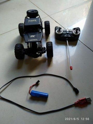 Carro controle remoto semi novo - Foto 5