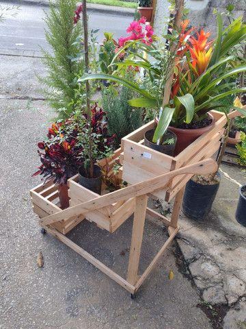 Suporte pra planta com roda (Carrinho para plantas) - Foto 3