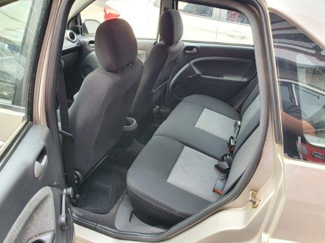 Fiesta Class 1.6 8V Flex 2011 - Foto 7
