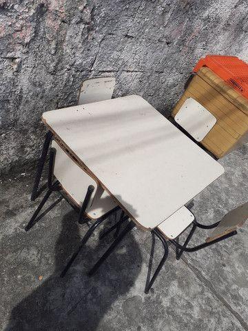 Mesa +4 cadeiras INFANTIL  - Foto 3
