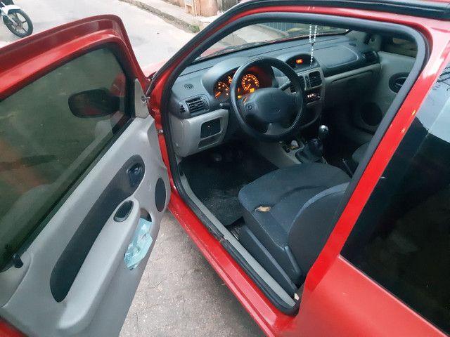 Vendo Renault Clio duas portas completo  - Foto 2