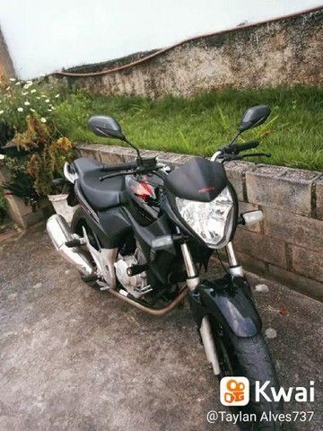 Vendo CB300R 2010/2011