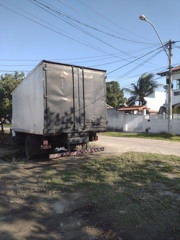 Caminhão 12140 baú refrigerado - Foto 4