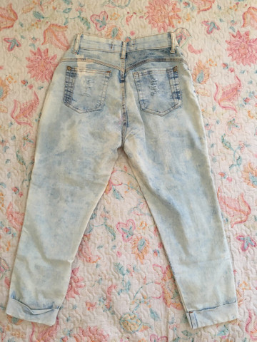 Calça jeans feminina (rasgada pantacourt e iskini) - Foto 2