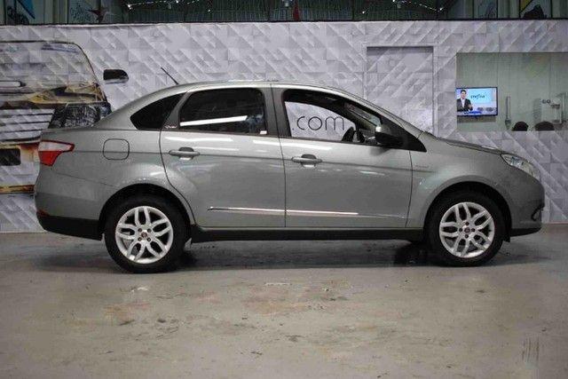 Fiat Grand Siena Essence 1.6 Dualogic - Foto 2