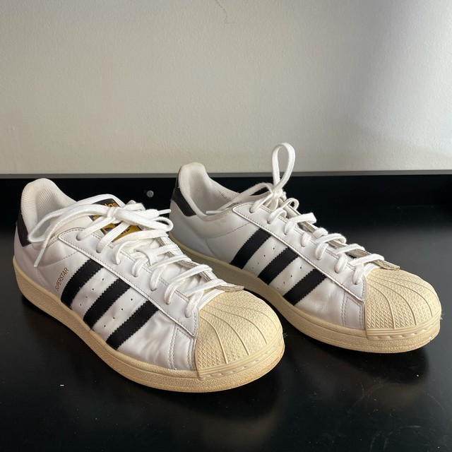 Tênis Adidas Superstar 41