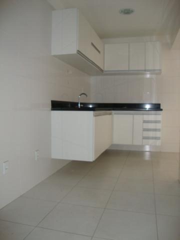 Murano Imobiliária aluga apartamento de 3 quartos na Praia de Itapuã, Vila Velha - ES. - Foto 14