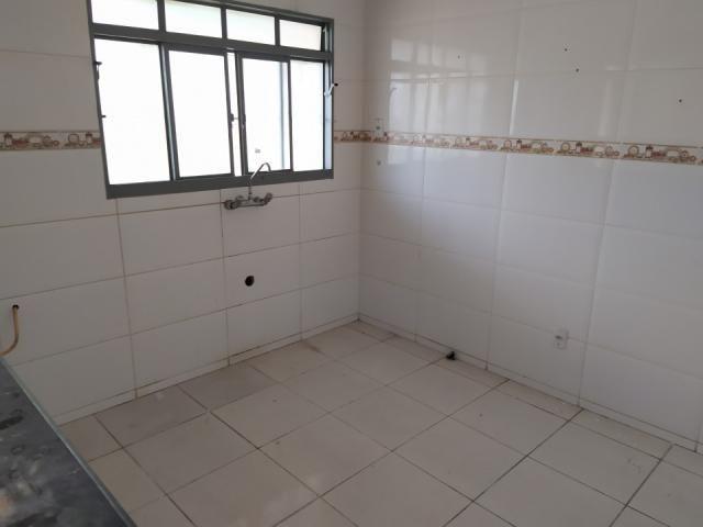 8272   casa para alugar com 2 quartos em jd tropical, dourados - Foto 2