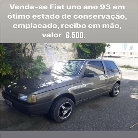 Fiat Uno 93 em ótimo estado de conservação