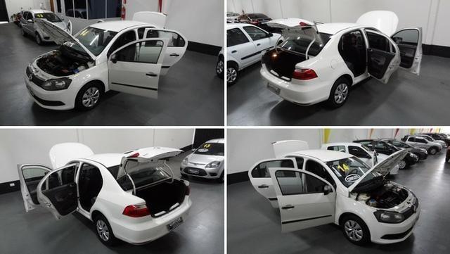 Volkswagen Voyage 1.0 (G6) Flex - Foto 12
