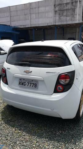 Vendo Chevrolet Sonic em ótimo estado whats - Foto 7