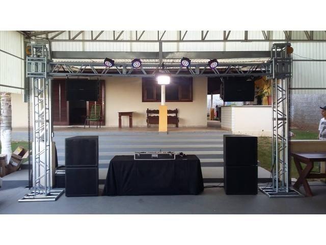 Dj, som e iluminaçao para seu evento