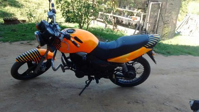 Troco moto 150 em biz ou em outra - Foto 2