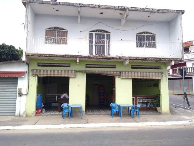 Casa 3 quartos + 2 lojas - Itaguaí