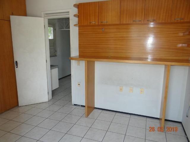 CA1841 Vendo ou Alugo, casa duplex com 5 quartos, 8 vagas de garagem, Cambeba - Foto 11