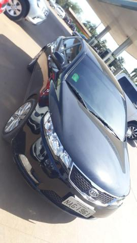 Cerato 1.6 aut 2013 $37.500,00 - Foto 2