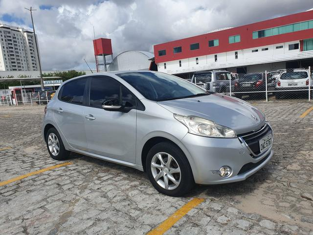 Peugeot 208 1.5 2015 active pack extra aceito troca