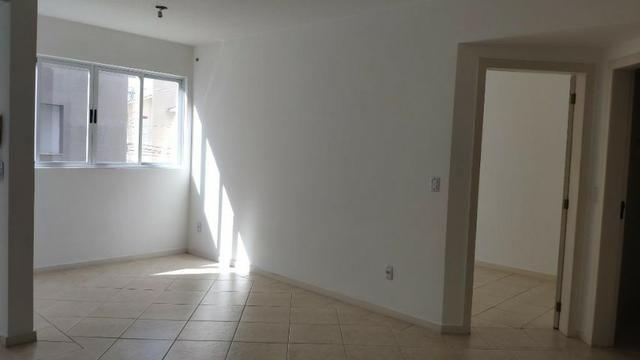 Apartamento de 1 Dormitorio com Vaga no Roçado - Foto 6