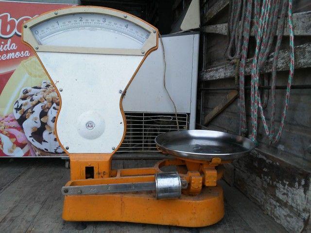 Geladeira 5 portas  expositor caixa plastica caixa madeira chek out balancas digital  - Foto 6